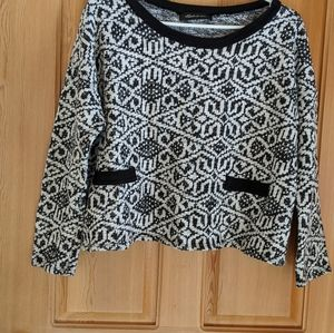 Womens black and white cropped sweater